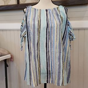 Multi stripe cold shoulder with elastic and ties